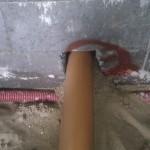 Kloakrøret passer fint i hullet