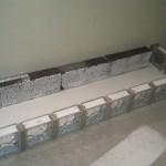 11 nu bliver gulv og leca sten malet hvide med en billig modehvid farve
